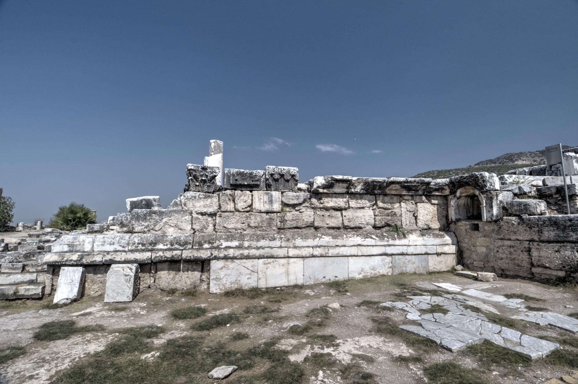 Plutonium in Hierapolis