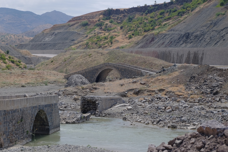 Çarpıran Bridges