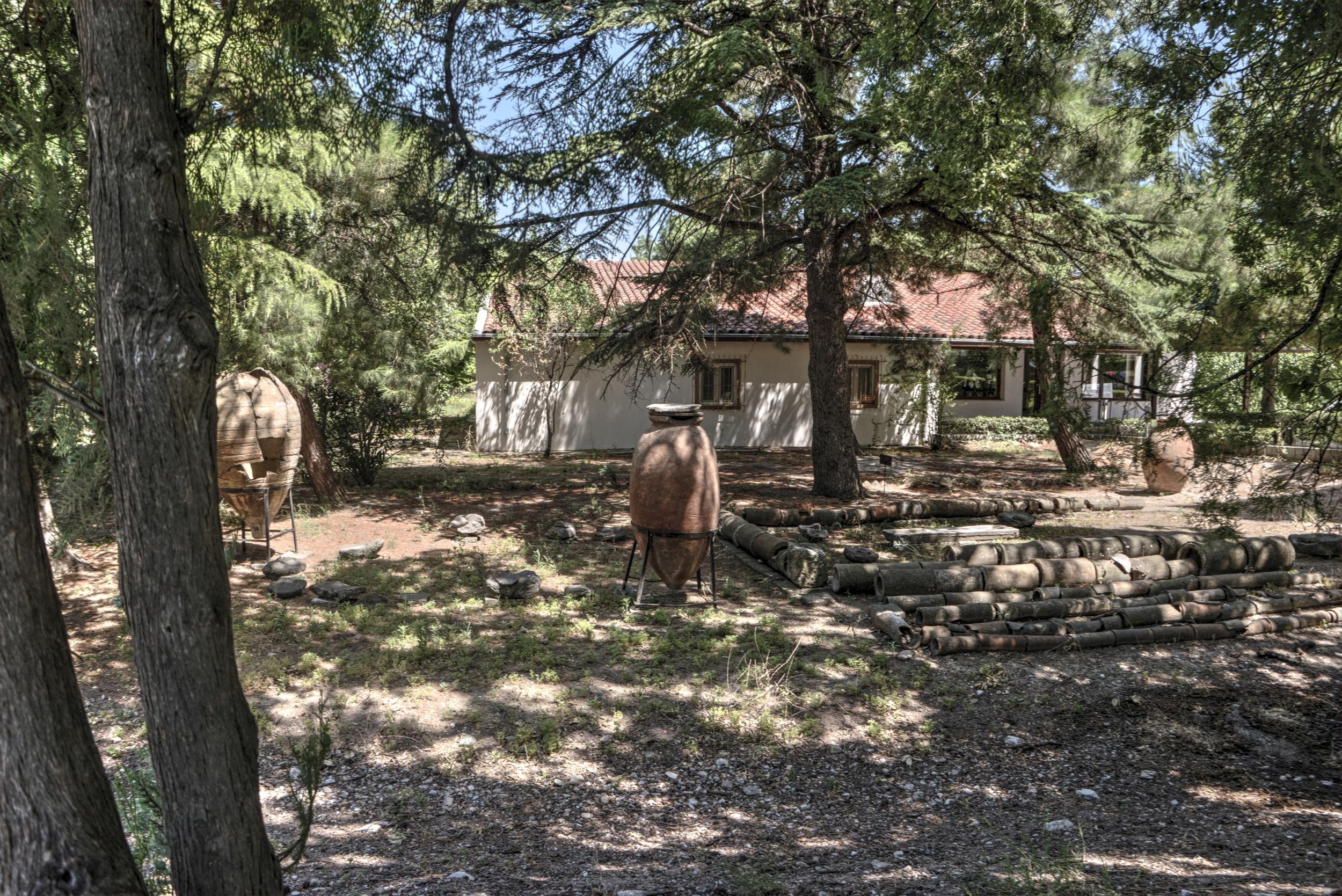 Pithos Garden of Troy