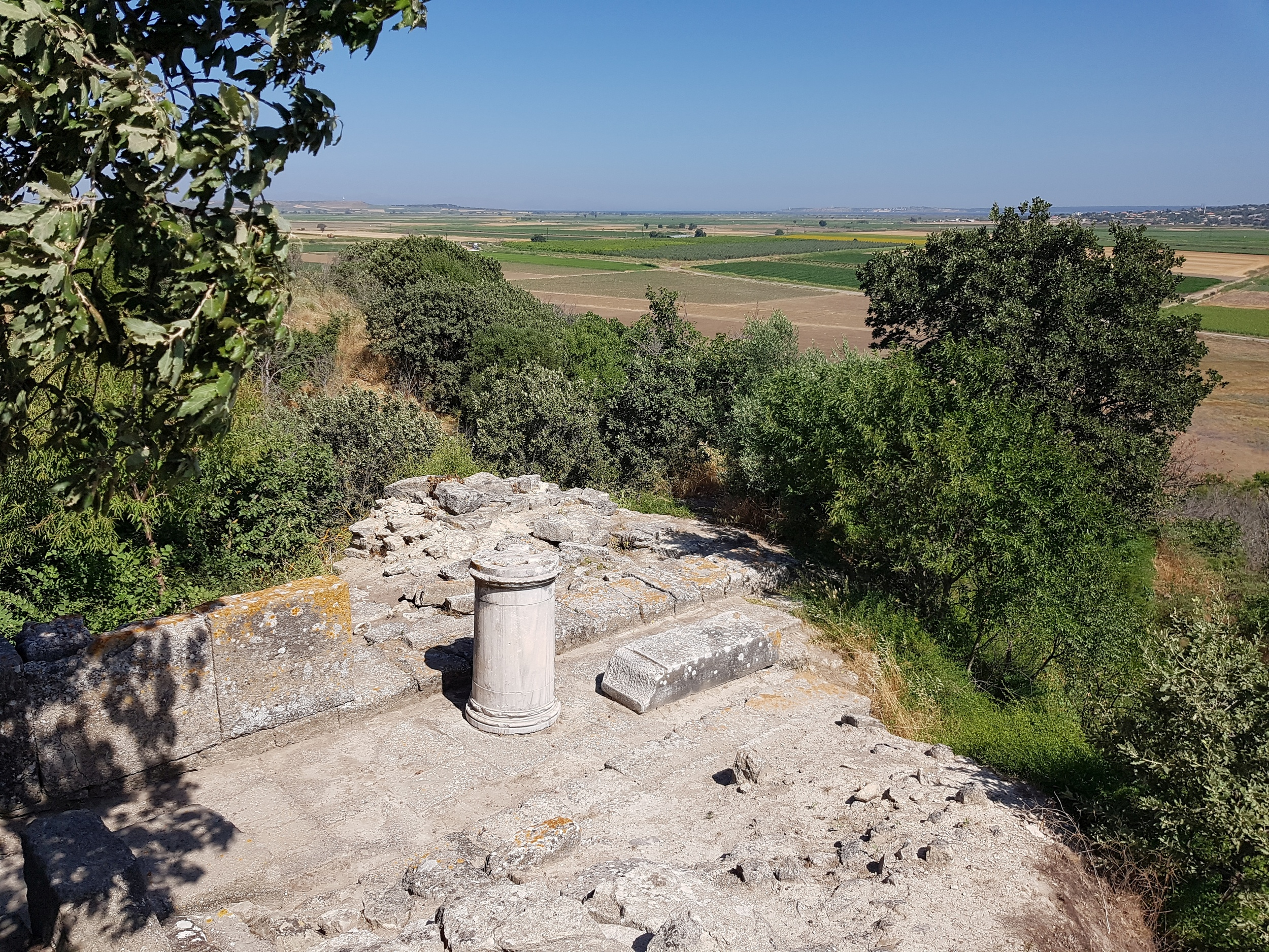 Temple of Athena and Troy VI bastion