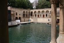 Şanlıurfa - the lakeside with Abraham's Sacred Pool