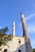 Üç Şerefeli Mosque - two minarets