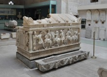 Archaeological Museum in Kütahya - the sarcophagus depicting the scene of Amazonomachy
