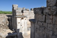 Hadrian's nymphaeum in Perge