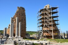 Hellenistic gate of Perge