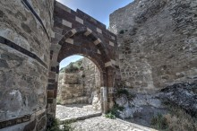 Van Fortress - reconstructed gate from the Ottoman times